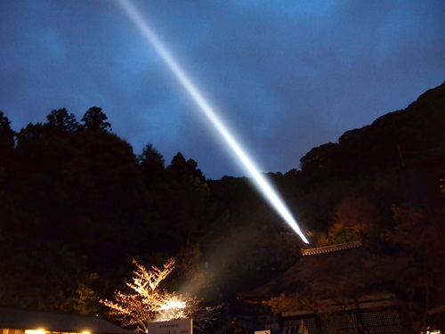 P3294689 清水寺の夜の特別拝観に行きました(2013年3月)